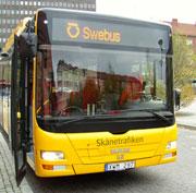 gul-buss-framifran